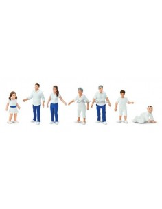 7 figurines Famille