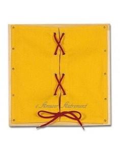 Cadre d'habillage à lacets