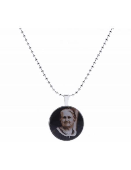 Collier pendentif rond - Maria Montessori