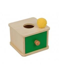 Boite en bois avec tiroir de couleur verte et balle en tissu à encastrer